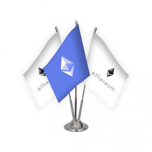 Üçlü Ethereum Masa Bayrağı Takımı