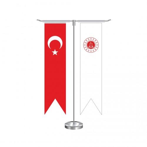 T Kırlangıç T.C Adalet Bakanlığı Masa Bayrağı Takımı